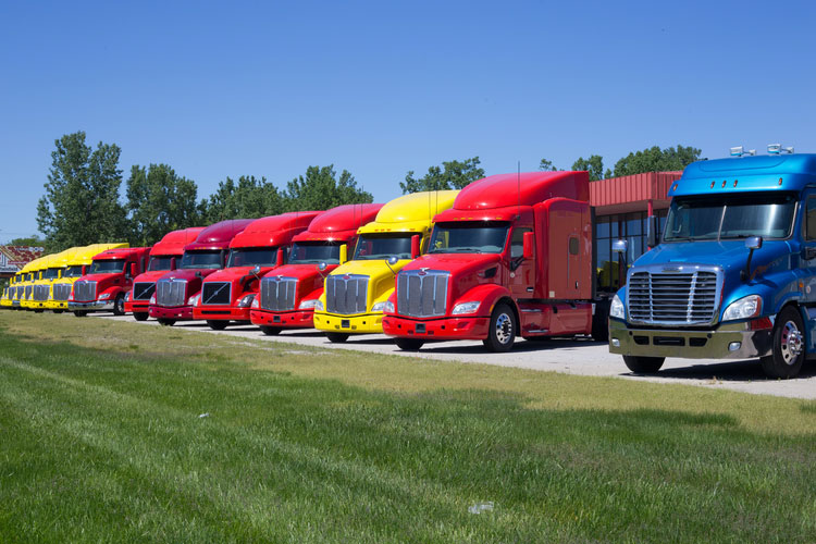 5 Emerging Trends to Expect from the Trucking Industry in 2021